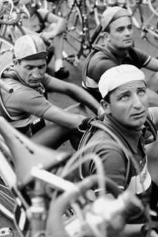 Gino Bartali in gara (fonte Flickr: utente fixedgear)